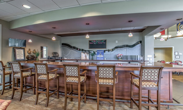 Elk Ridge Dial Senior Living - Commons