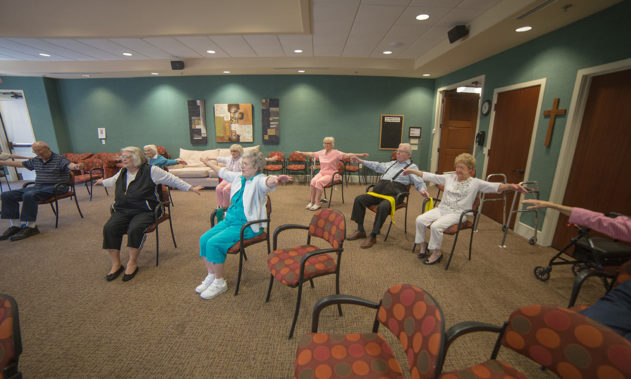 Elk Ridge Dial Senior Living - Group Activities